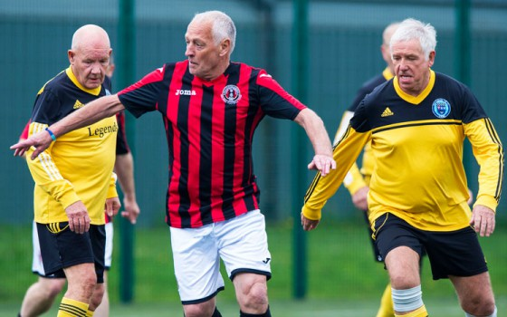 Stichting DAS start met walking football