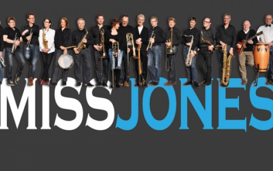 Grandioos optreden van big band Miss Jones